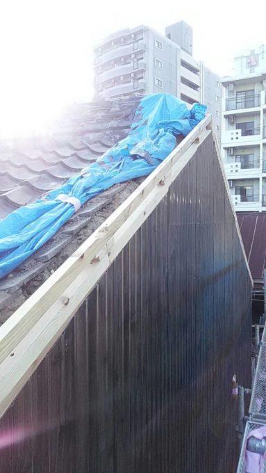画像:I様邸 隣家の破風・ケラバ補修中の写真
