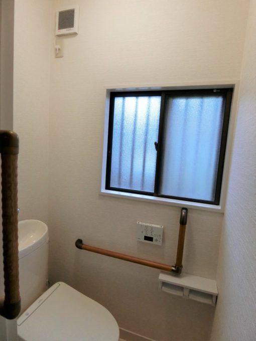 画像:O様邸 トイレ換気扇施工後の写真