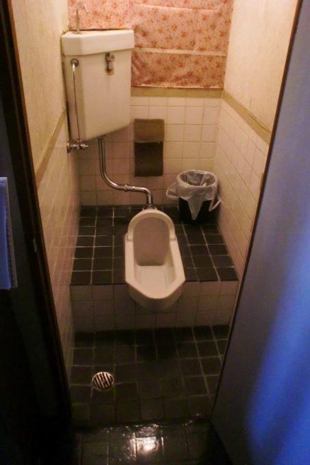 画像:トイレ改装前のA様の写真