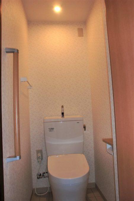 画像:A様トイレ内装の施工後の写真