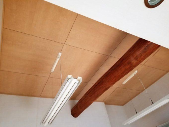 画像:O様 リビング吹抜の天井の施工後の写真
