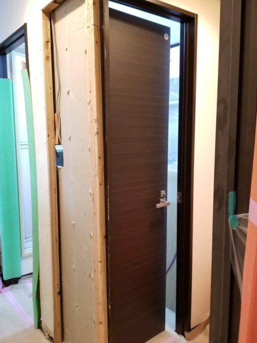 画像:Y様邸 トイレドア位置変更工事中の写真